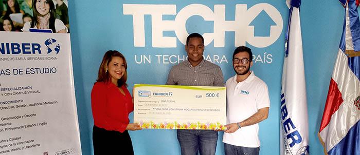 FUNIBER entrega premio al segundo ganador del FUNICONCURSO