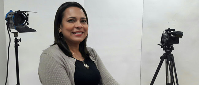 Opinión de Gladys Alonso, alumna de la Especialización en Dirección y Producción de Cine, Vídeo y Televisión patrocinada por FUNIBER