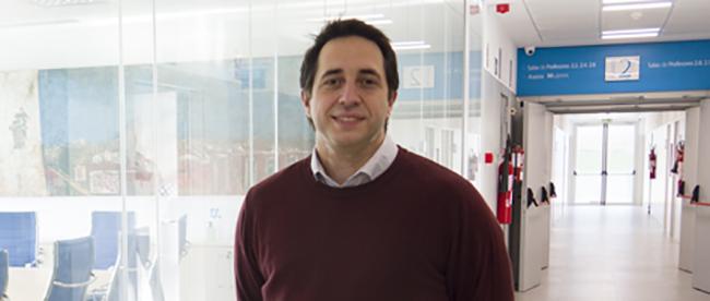 El docente de la red de FUNIBER Jose Breñosa relata sus inicios en la telerrobótica